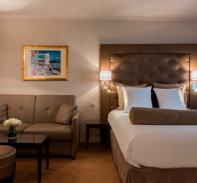 Hotel Saint Cyr Etoile image Deluxe Suite