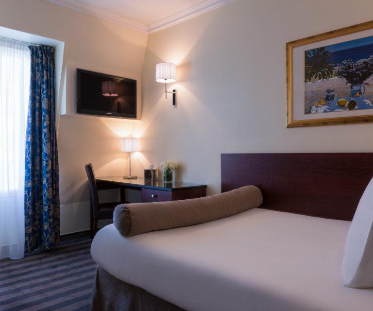 Hotel Saint Cyr Etoile image Standard Room